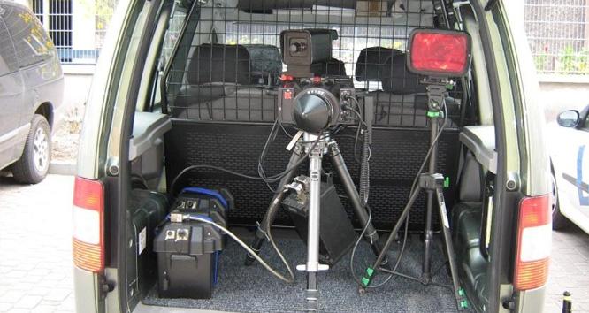 Multanova 6F zamontowany w samochodzie