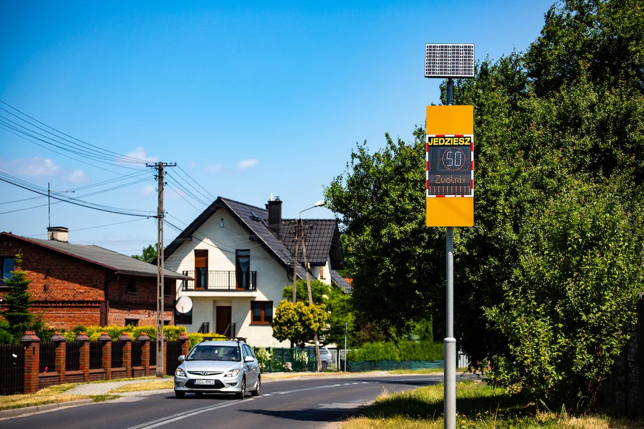 radarowy wyświetlacz prędkości viasis plus